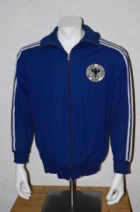 1974-DFB-Deutschland-WM-74-Jacke-Grabowski-Hoelzenbein-vorne