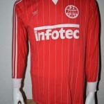 1981_-_1983_Matchworn_away_Langarm_vorn