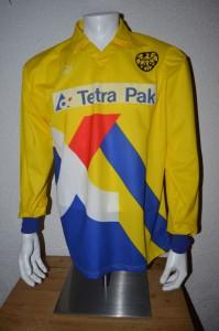 1995_-_1996_Matchworn_Ivica_Mornar_Away_Langarm_vorn_-_Kopie